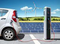 Bild-Nr. 44662907, red/kom, E-Car mit Solartankstelle und Windkraft
